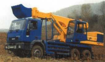 Экскаватор планировщик UDS 114/214 на шасси автомобиля Iveco